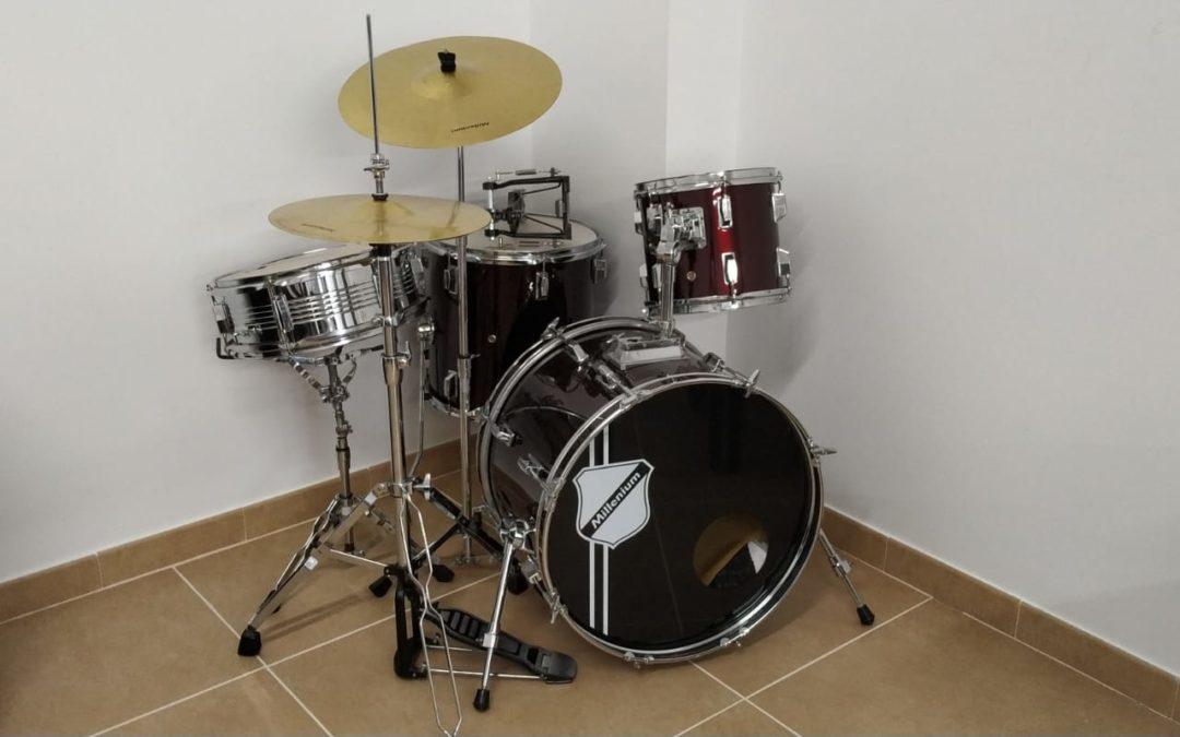 Agradecimiento del Ayuntamiento a «Musicay» por una donación de instrumentos musicales