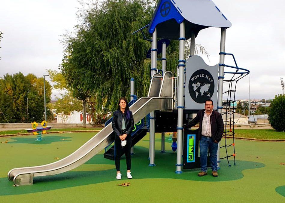 Inaugurado de forma oficial el nuevo parque infantil de la calle Velázquez